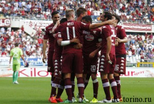 "Foto LaPresse - Spada 17 05 2015 Torino (Italia) Sport Calcio Torino  - Chievo  Campionato di Calcio Serie A TIM 2014 2015 - Stadio "" Olimpico  "" Nella foto: esultanza dopo il gol maxi lopez 1-0  Photo LaPresse - Spada 17 05 2015 Turin  (Italy) Sport Soccer Torino - Chievo  Italian Football Championship League A TIM 2014 2015 - "" Olympic Stadium  "" In the pic: celebrates after scoring maxi lopez 1-0"